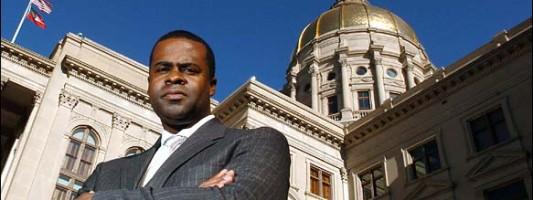 Atlanta Mayor Wants Smart Guns for Police