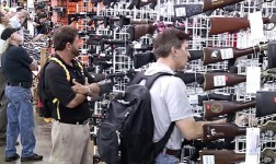 Virginia gun show attendees no fans of President Obama